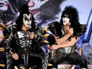 Motley Crue And KISS Announce Their Co-Headlining Tour